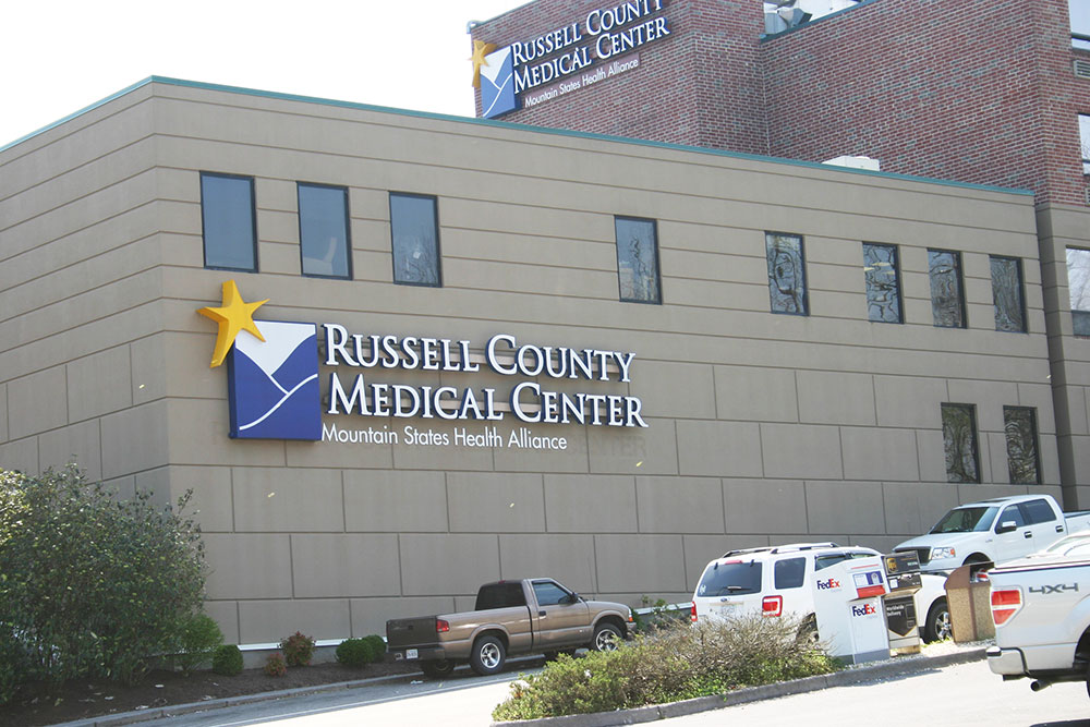 town_RussellCo-Med-Center